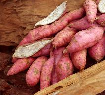 Bataty, pataty, słodkie ziemniaki: co to jest? Właściwości batatów i zastosowanie kulinarne