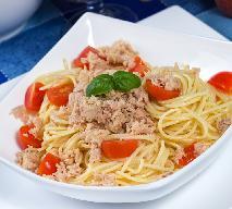 Makaron z tuńczykiem z menu beszamel
