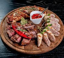 Co zrobić z pieczonych mięs i wędlin po świętach? [SPRAWDZONE RADY]