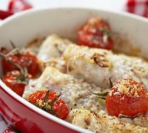 Filety z flądry zapiekane z pomidorami i mozzarellą