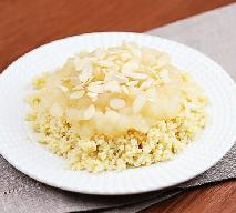 Jabłka prażone z kaszą jaglaną i migdałami: przepis na pyszny deser na chłodne dni