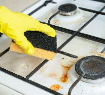 Jak wyczyścić brudną kuchenkę?