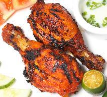 Pałki z kurczaka z sosem hydari - przepis na obiad w stylu tureckim