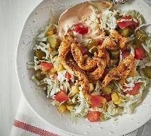 Sałatka gyros: przepis na sałatkę z kurczaka
