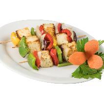 Wegetariańskie szaszłyki z tofu - z grilla lub piekarnika [WIDEO wegański grill]