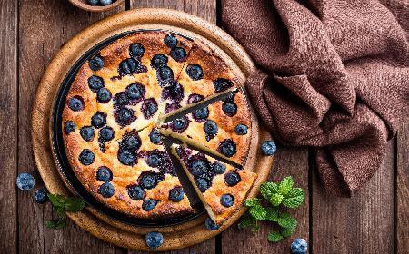 Ucierane ciasto z jagodami: przepis