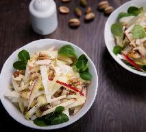 Sałatka z selerów i jabłek - smaczna, prosta i tania