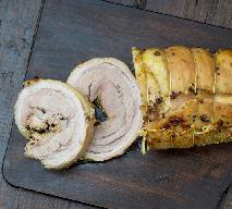 Wolno pieczona łopatka wieprzowa marynowana w cydrze: łatwy przepis na soczystą pieczeń