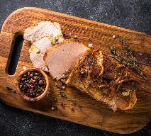 Delikatny schab gotowany w rękawie: pyszne danie obiadowe, jeszcze lepsza wędlina domowa