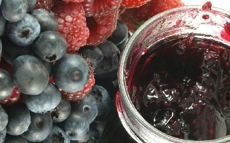 Dżem z malin i jagód: przepis na dżem malinowo-jagodowy
