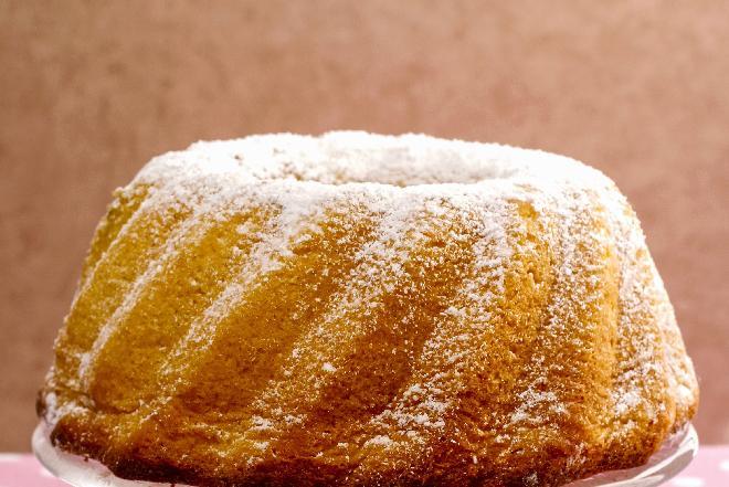 Wielkanocna babka piaskowa bezglutenowa - puszyste ciasto bez glutenu